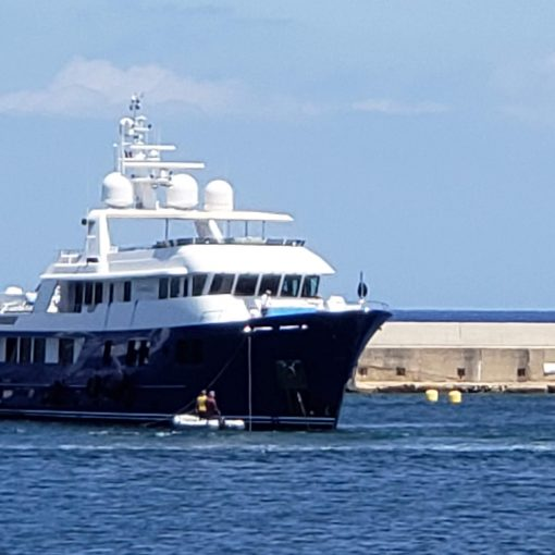 Yacht 2